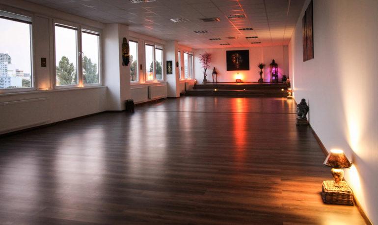 Spoznajte nové joga štúdio Ayisi Yoga Center v Bratislave